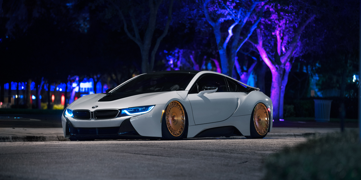 BMW I8 On Rotiform CBU Wheels