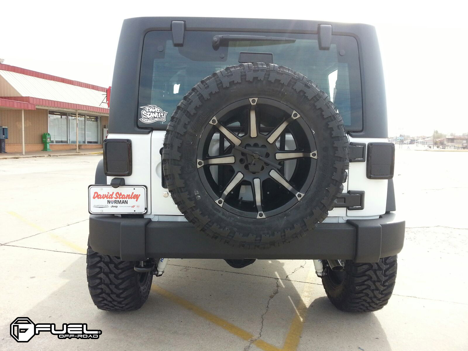Car Jeep Wrangler On Fuel 1 Piece Coupler D556 Wheels With