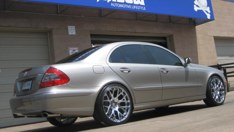 Car | Mercedes-Benz E350 on Niche Sport Series Circuit - M108 Wheels | California Wheels