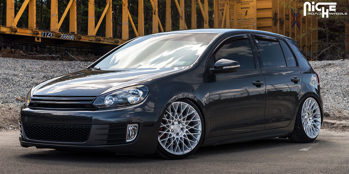 Car | Volkswagen GTI on Niche Sport Series Citrine - M161